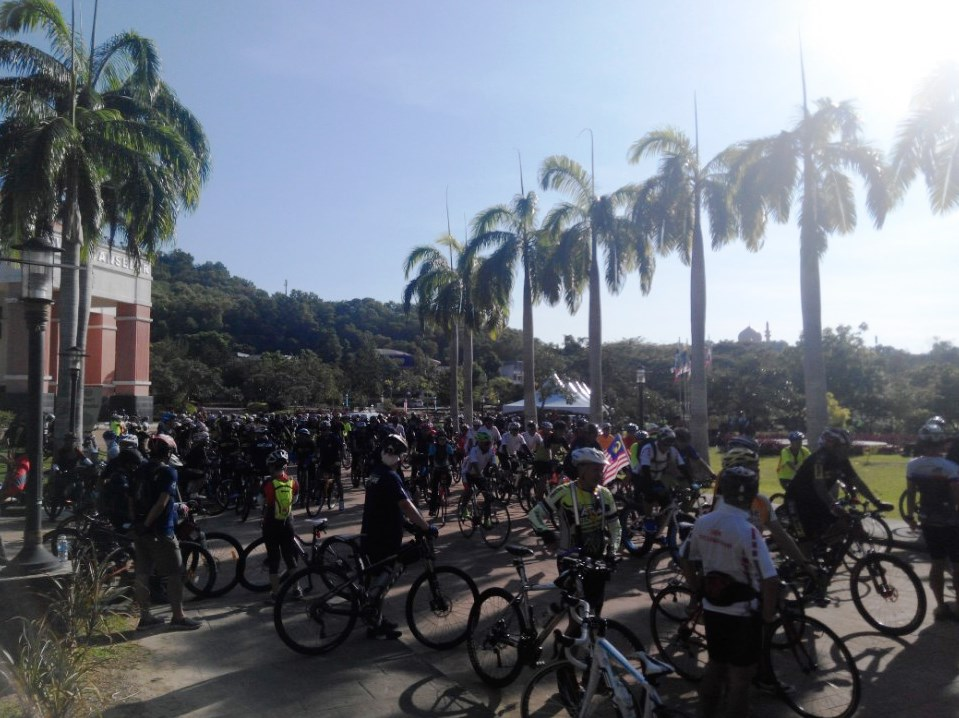 sustainable cities ride